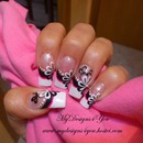Black and white Flower french nail design