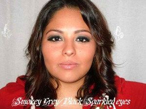 Shimmer Army green smokey eyes