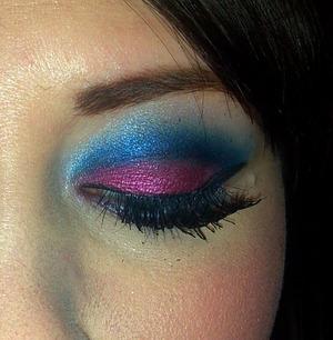 Pink & Blue Cut Crease Attempt