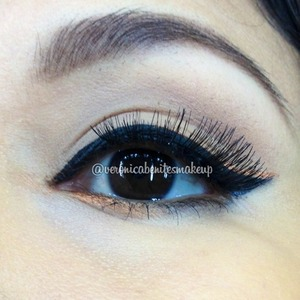 Beauty, love my cat eye with a gorgeous goldliner follow IG @veronicabenitesmakeup
