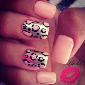 """I do this Guys ! Do you Like ?? Follow me on Facebook: """" Beautyful Nails Linda""""  ou instagram: luxurynaiil IF you Want to see more!"""