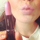 nude/pink lips