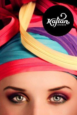 Dobrodošli u Kaftan, mjesto za sve kreativne ljude...  Model // Aida Kopić Photography // Nađa Berberović Make up // Naida Đekić Styling // Textura Hair style // Frizerski salon Melly - Meliha Hodžić-Višća