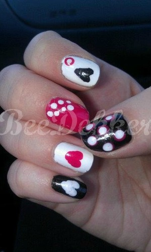 "This was my right hands design that went with my ""ALL LOVE NO HATE"" nail design"