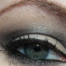 Urban Decay Reality Star look with the Smoked Palette