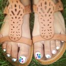 Flower, summer and white toes!