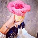 Sweet ice cream 🌸🌺🍦