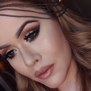 hello everyone,  please come follow my Instagram for more  looks and makeup info thank you. http://instagram.com/Janinaleerene