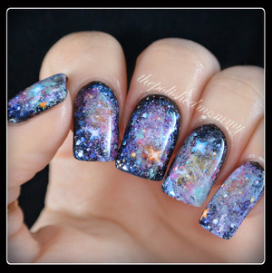 All details on the blog: http://www.thepolishedmommy.com/2014/03/galaxynails.html