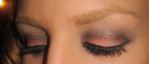 Mally Even More Perfect Palette- pink nectar blush on lid, evergreen shadow in crease and au natural under brow bone
