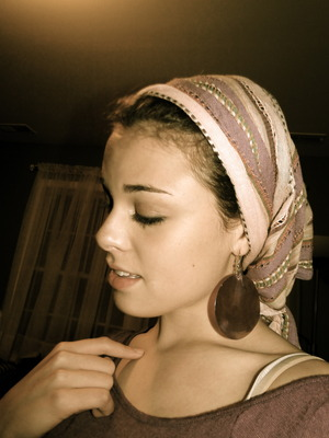 How to turn a scarf into a cute head wrap! Tutorial Coming soon!