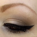 Soft Smokey Cat Eye