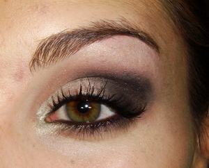 Classic smokey look for the holidays