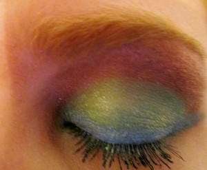 """bare minerals shadows: """"ocean"""" as liner, """"key lime"""" on lids, """"paradise"""" below brow"""