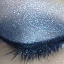 sliver smokey eyes