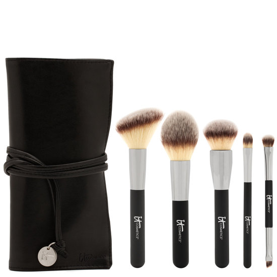 IT Cosmetics  Heavenly Luxe Must Haves Brush Set product smear.