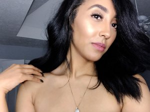 Follow me on Instagram Enhancebeauty_bybrittany