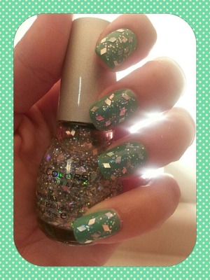 Used NYC green polish (which is more of a sea foam green than it looks in this pic) with the Sinful Colors Kaleidoscope sparkles