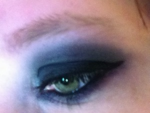 Testing out some of my eye shadows from 8 Bit Cosmetics.