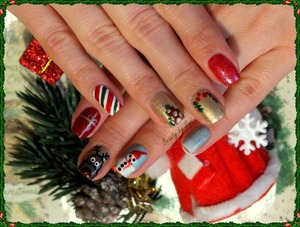 http://beautybysuzi.blogspot.sk/2013/12/some-christmas-nails-2013.html