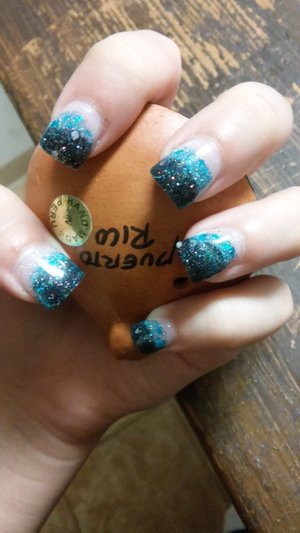 I didn't pick it but it matches my hair, my little sister wanted my nails to be like hers so sparkles it the new thing! ?