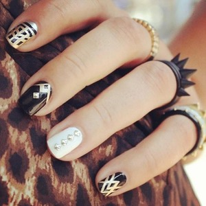 Fashion Chick Nail Art
