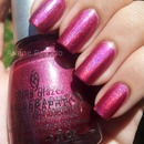 Holographic Nails - Infrared