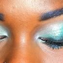 Close Up - Teal Smokey