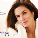 Cindy Crawford - Meaningful Beauty