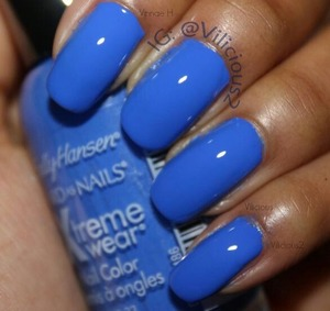 This was two coats of Sally Hansen Pacific Blue. No top coat. Very pretty, and very easy to work with.