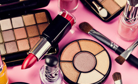 Expiration Dates: When to Toss Your Beauty Loot