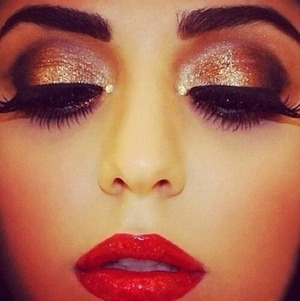 Love this makeup wish I could do it 💙