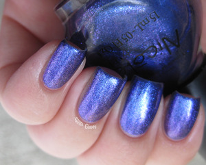 Nicole by OPI Canadian Star
