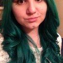 Green hair and quick Christmas makeup