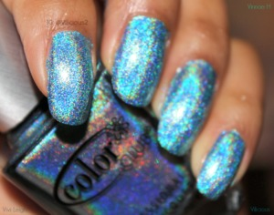 One or coats of the vibrant medium blue linear holo.