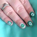 NAV | St Patrick's Day Shamrock Nail Art