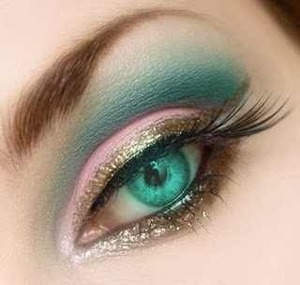 makes those green eyes pop! also from makeup bee