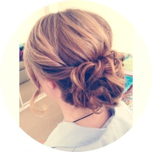 My friend and I did our other friends hair and makeup for her presentation night :) and this is how it turned out!