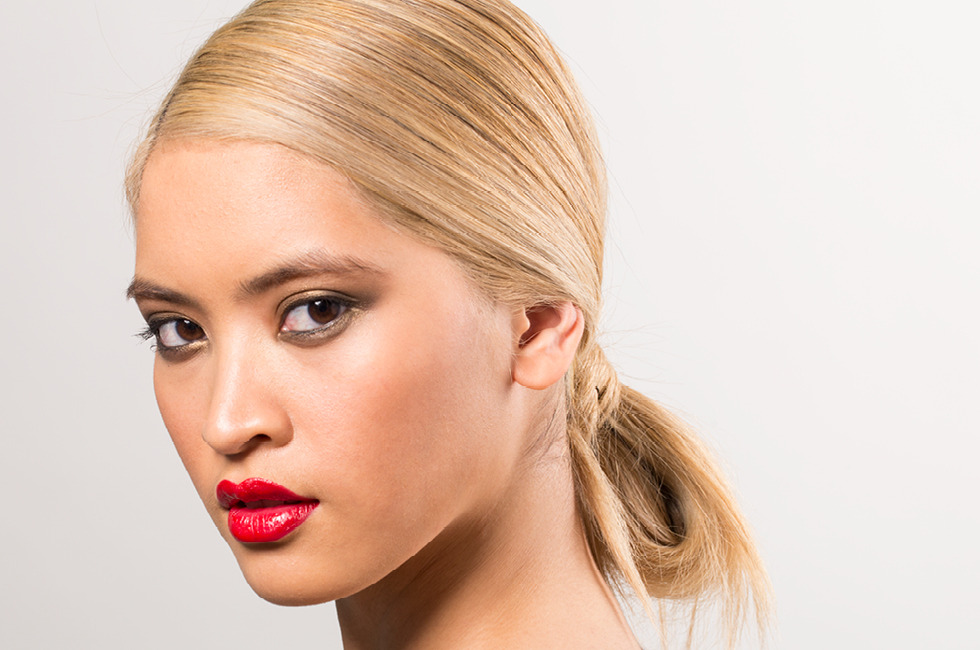 A Party-Perfect Hairstyle That\'s Truly Easy! Meet The Low Loop Bun ...