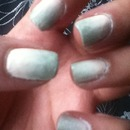 Light pink and gray ombré nails
