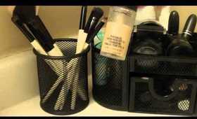 KateFaceup: Bathroom Make up corner