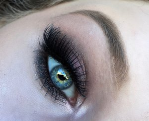 One of my favorite smokey eyes yet :)! It not only made my blue eyes pop tremendously it also acted as a nice break from all these pallets, just the singles hehe.  Check out my blog post for full details along with the overall makeup look! http://theyeballqueen.blogspot.com/2016/05/plum-vixen-smokey-eye-makeup-tutorial.html