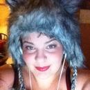 Great makeup & fav hat ;)
