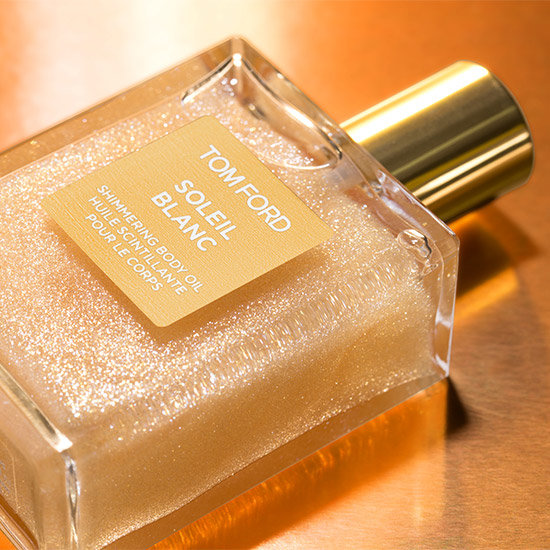 Alternate product image for Soleil Blanc Shimmering Body Oil shown with the description.