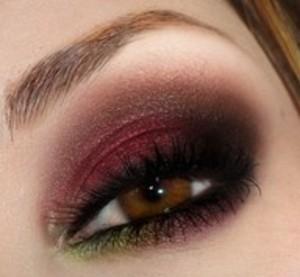 C:\Users\Cindy\Desktop\Cindy's stuff\Hair and makeup\Fall eye shadow