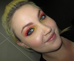 Tequila Sunrise look!