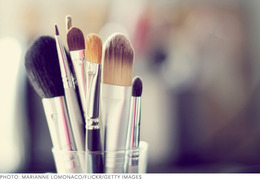 The Best Brush Storage for Your Personality