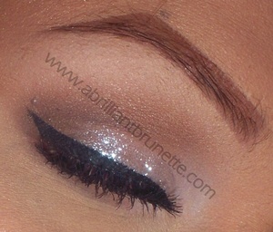http://www.abrilliantbrunette.com/2012/03/elegant-eye-makeup-sparkling-white-feat.html