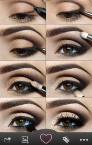 I wish when I could get a smokey eye to work for me!