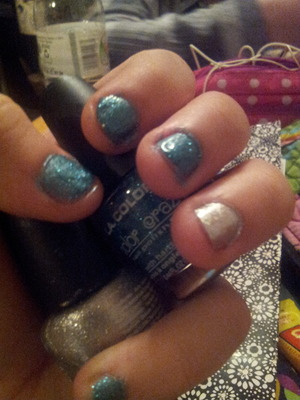 I got the blue and silver from the dollar store, best $2 ever spent (: